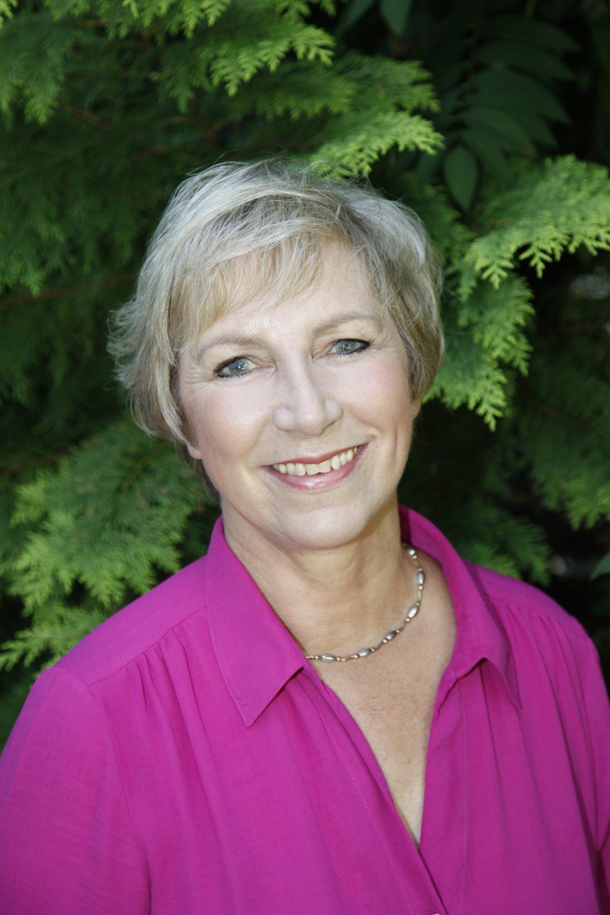Pam Rhodes